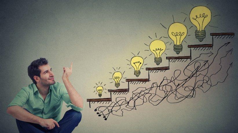 Hacer crecer una idea es emprendimiento. El emprendedor se hace en la calle