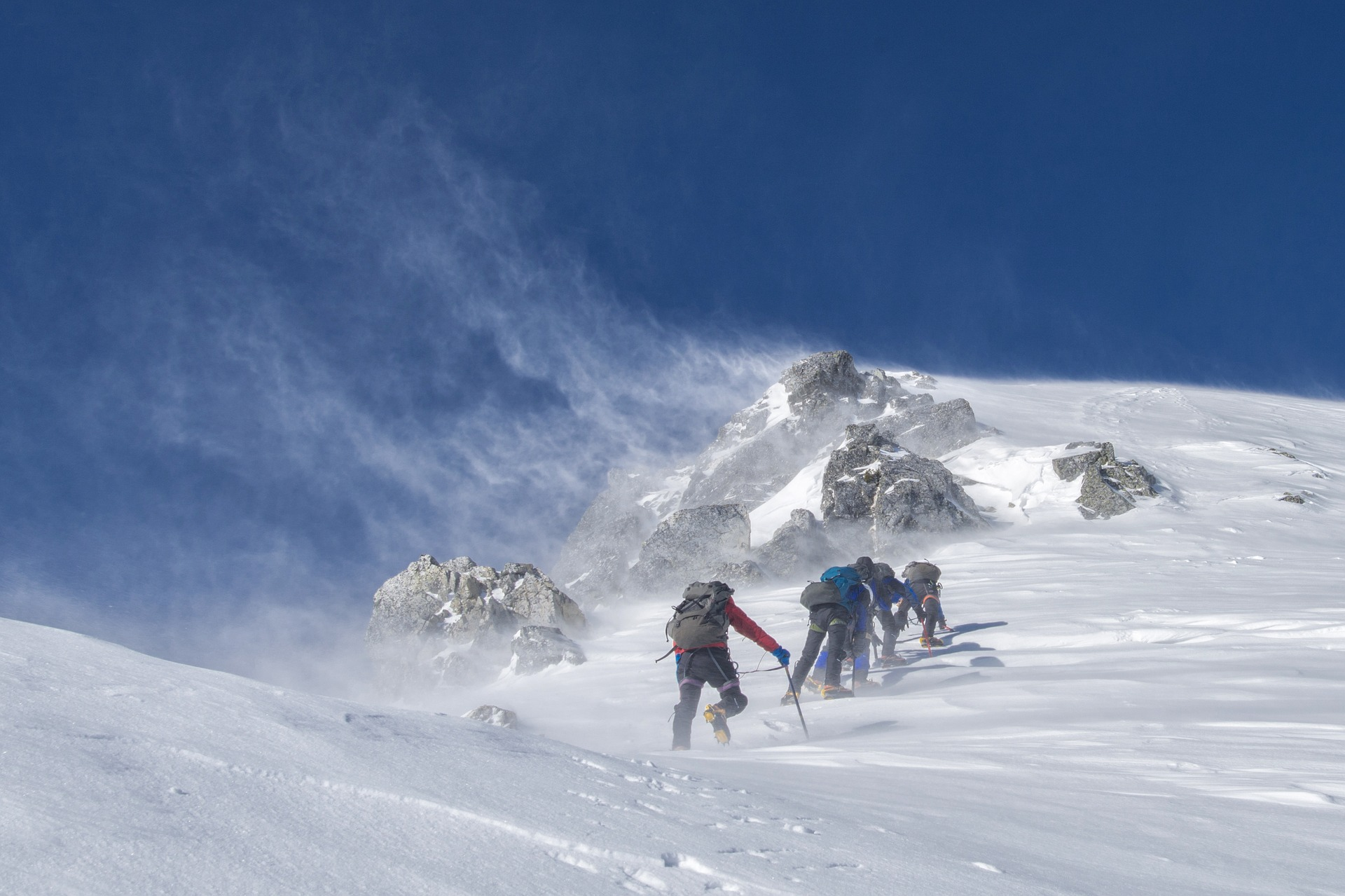 mountaineering-2124113_1920